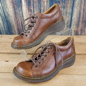 DR. MARTENS WOMENS LACE UP OXFORD SHOES  SIZE 7